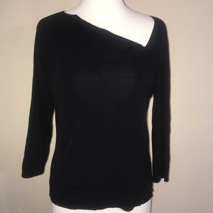 Black blouse v cut shoulder blade M